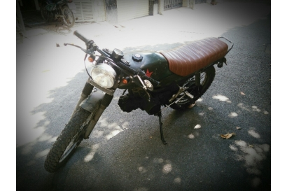 WIN CAFE RACER